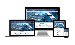 Concepto de la página web en el teléfono de la tableta del ordenador portátil del ordenador imagen de archivo