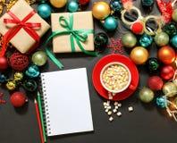 Concepto de la preparación de los días de fiesta del Año Nuevo de la Navidad Foto de archivo