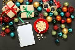 Concepto de la preparación de los días de fiesta del Año Nuevo de la Navidad Fotos de archivo libres de regalías