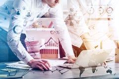 Concepto de la tecnología y de contabilidad Imagen de archivo
