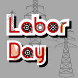 Concepto de la venta del Día del Trabajo con el martillo, los engranajes, las manos, los posts de alto voltaje y el texto en fond Imágenes de archivo libres de regalías