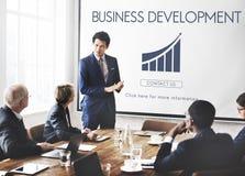 Concepto de lanzamiento de las estadísticas del crecimiento del desarrollo de negocios foto de archivo libre de regalías