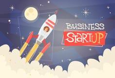 Concepto de lanzamiento del éxito de Rocket Fly Sky Business Man Foto de archivo libre de regalías