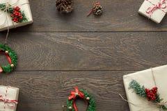 Concepto de las decoraciones de la Feliz Navidad feliz y del Año Nuevo Imágenes de archivo libres de regalías