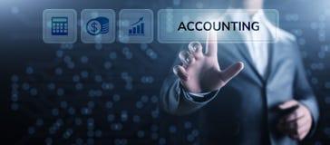 Concepto de las finanzas del negocio del c?lculo de las actividades bancarias de la contabilidad que considera foto de archivo libre de regalías