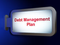 Concepto de las finanzas: Plan de gestión de la deuda en fondo de la cartelera Fotos de archivo libres de regalías
