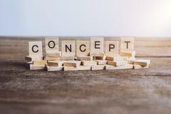CONCEPTO de las palabras hecho con las letras de madera del bloque ABC de madera Foto de archivo libre de regalías