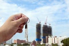 Concepto de las propiedades inmobiliarias. Tomó el clave Fotos de archivo