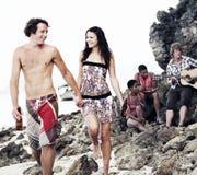 Concepto de las vacaciones de las vacaciones de verano del partido de la playa de la celebración de la gente Fotos de archivo