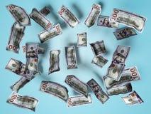 Concepto de los billetes de dólar que baja en el piso blanco 3d para rendir en fondo azul con la sombra stock de ilustración