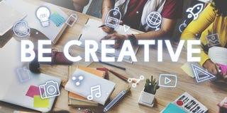 Concepto de los gráficos del proceso de diseño de la creatividad imagen de archivo