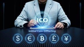 Concepto de ofrecimiento de la tecnología de Internet del negocio de la moneda de la inicial de ICO imágenes de archivo libres de regalías