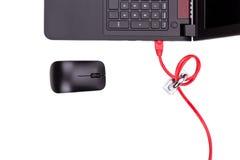 Concepto de seguridad de la red de ordenadores con el candado sobre la red c Imagen de archivo libre de regalías