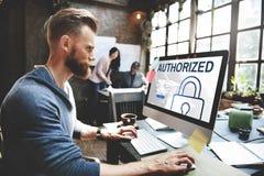 Concepto de sistema de seguridad autorizado de la red de la accesibilidad imagenes de archivo
