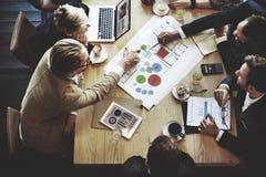 Concepto de Team Meeting Brainstorming Planning Analysing fotografía de archivo libre de regalías