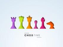 Concepto de tiempo del ajedrez con las figuras coloridas Imagen de archivo libre de regalías