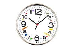Concepto de tomar en la medicación del tiempo Reloj analógico con la diversa medicina al lado de los números hechos de diversas p Fotos de archivo