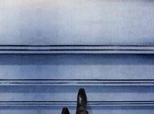 Concepto del éxito y de la dirección Parte del hombre de negocios con O negro imagenes de archivo