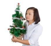 Concepto del Año Nuevo Sueño hermoso de la mujer con la Navidad adornada Fotos de archivo libres de regalías