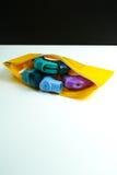 Concepto del alivio del asma, inhalador del salbutamol Fotos de archivo