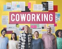 Concepto del arranque de negocio de la comunidad del espacio de Coworking foto de archivo libre de regalías