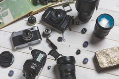 Concepto del centro de ayuda de la reparación del error Cámara de la película, componentes, di fotos de archivo libres de regalías