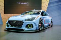 Concepto del coche de competición del deporte de Hyundai en la exhibición en la 34ta expo internacional 2017 del motor de Tailand fotografía de archivo