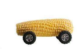 Concepto del coche del maíz del combustible biológico Imágenes de archivo libres de regalías