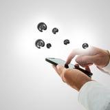 Concepto del contacto y de la comunicación de Smartphone Imagenes de archivo