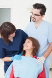 Concepto del cuidado dental con los doctores Fotografía de archivo libre de regalías