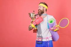 Concepto del deporte Consiga el cuerpo listo para el verano Elija el deporte que usted tiene gusto Comba barbuda del equipo de de fotografía de archivo libre de regalías