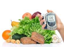 Concepto del diabético de la diabetes Análisis de sangre llano de medición de la glucosa encendido imagen de archivo