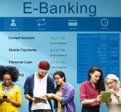 Concepto del dinero de las finanzas de la tarjeta de crédito de actividades bancarias del banco de las E-actividades bancarias foto de archivo