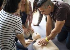 Concepto del entrenamiento de los primeros auxilios del CPR Fotografía de archivo