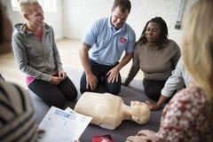 Concepto del entrenamiento de los primeros auxilios del CPR Foto de archivo