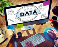 Concepto del establecimiento de una red de la información de la comparación del Analytics del análisis de datos fotografía de archivo