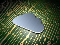 Concepto del establecimiento de una red: Nube en fondo de la placa de circuito Fotos de archivo