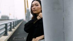 Concepto del estilo del inconformista del retrato del adolescente de la mujer Imagenes de archivo