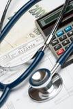 Concepto del financiamiento de la salud Imágenes de archivo libres de regalías