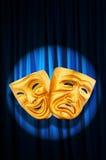 Concepto del funcionamiento de teatro - máscaras Imágenes de archivo libres de regalías