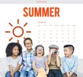 Concepto del gráfico de Sun del calendario de las vacaciones de verano Imagen de archivo libre de regalías
