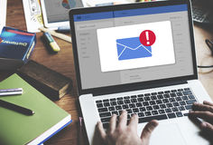 Concepto del icono de la notificación del buzón de entrada del mensaje fotografía de archivo
