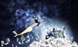 Concepto del logro del éxito empresarial y de las blancos imágenes de archivo libres de regalías