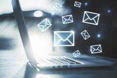 Concepto del márketing del email imagenes de archivo