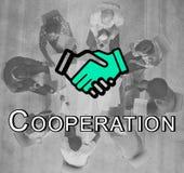 Concepto del negocio corporativo del acuerdo del trato del apretón de manos Imágenes de archivo libres de regalías