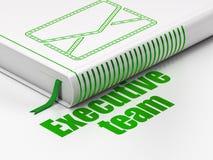 Concepto del negocio: correo electrónico del libro, equipo ejecutivo encendido Imágenes de archivo libres de regalías