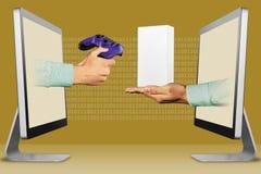 Concepto del negocio, dos manos de exhibiciones cojín y mano del juego con la pequeña caja blanca del teléfono celular ilustració libre illustration