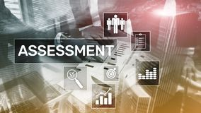 Concepto del negocio y de la tecnología del análisis del Analytics de la medida de la evaluación de la evaluación en fondo borros foto de archivo