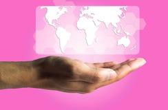 Concepto del negocio y de la tecnología, una producción masculina de la mano el virtual Fotos de archivo libres de regalías