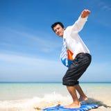 Concepto del ocio de Relaxing Vacation Paradise del hombre de negocios Fotos de archivo
